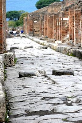 What The Romans Did : Part 2 – Up Pompeii