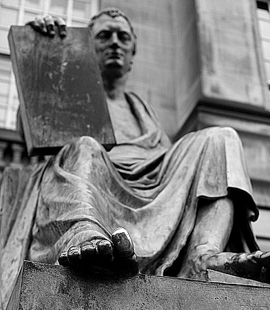 David Hume's Shiny Toe