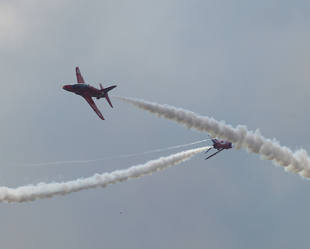 Red Arrows Synchro Pair