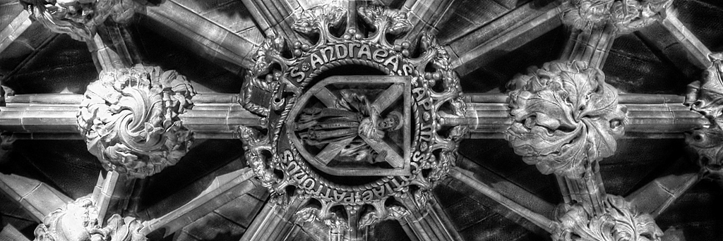Inside St. Giles' Cathedral with the Fuji X100S
