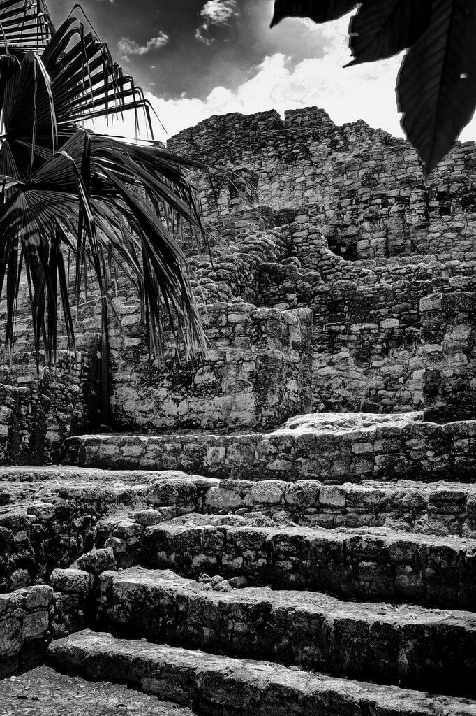 Chachobben Mayan Ruins in Mexican Jungle