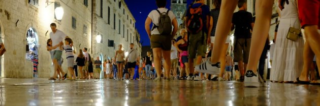 Night in Dubrovnik with the Fuji X100S